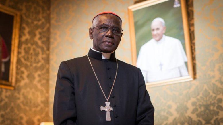 Robert Cardinal Sarah - L'Antithèse du Pape Francois
